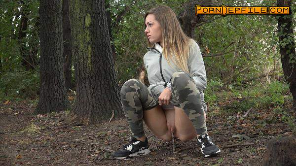 G2P: Camo pants (Solo, Amateur, Teen, Pissing) 1080p
