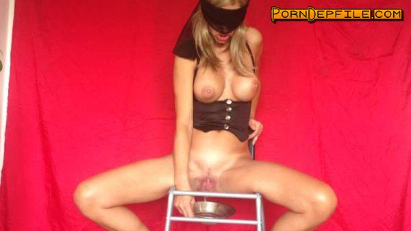 Azzurra scat: On the chair (Scat) 1080p