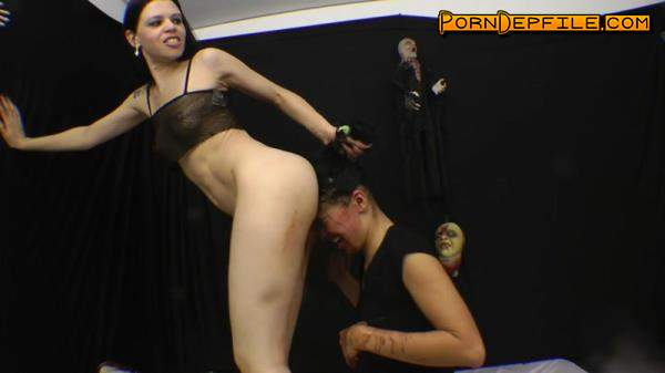 SG-Video: Brutal Karina Cruel - Facesitting - Enema Diarrhea X-tra Dirty (Scat) 1080p