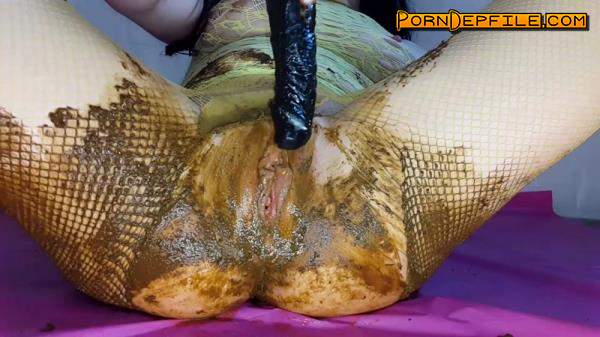 ScatShop: AnnaCoprofield - Fishnet Leggings Black Toy (Scat) 1080p