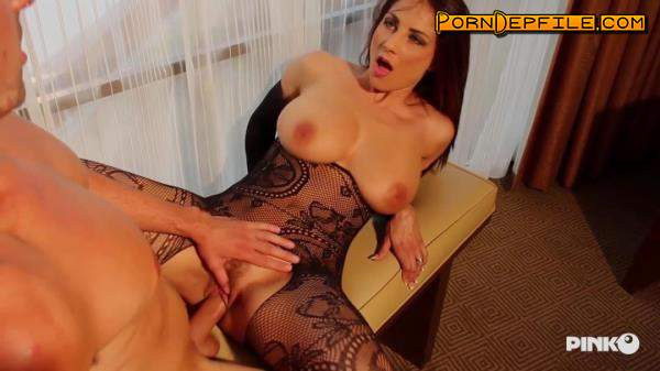 PinkoClub: Roberta Gemma - The Voluptuous Knows How To Make A Man Enjoy (Brunette, Hairy, Big Tits, Milf) 720p
