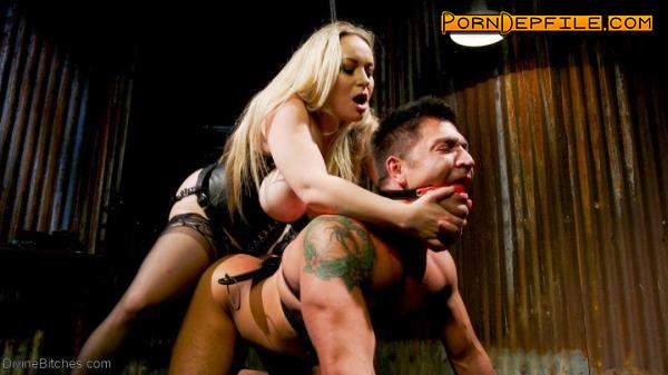 Divinebitches: Aiden Starr, Dominic Pacifico - Divine Bitch Aiden Starr dominates beefcake male top (Oral, Fetish, Facesitting, Femdom) 540p