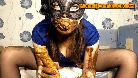 ScatShop: ScatLina - I wear a diaper and take off my mask (Scat) 1080p