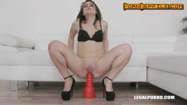 LegalPorno: Giorgia Roma, Joachim Kessef - Giorgia Roma loves sex mix with golden shower IV275 (HD Porn, Interracial, Anal, Pissing) 720p