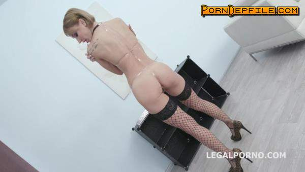LegalPorno: Elen Million, Mr. Anderson, Max Born, Michael Fly, Larry Steel - Soaking Wet with Elen Million Balls Deep Anal, DAP, Gapes, Rosebutt, Pee Drink, Facial GIO961 (Anal, Fetish, Pissing, Prolapse) 480p