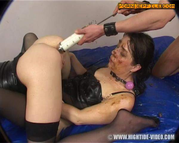 Hightide-Video: Jennifer, Ingrid - British Bizarre 4 - THE PET (Scat) 576p