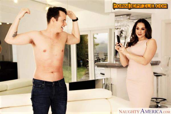MyFriendsHotMom, NaughtyAmerica: Chanel Preston - Shows her son's friend how to get a good online pic (SD, Big Tits, Milf, Mature) 360p