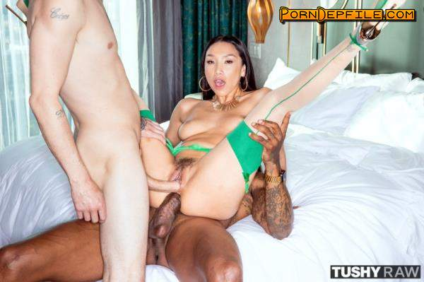 TushyRaw: Vicki Chase - Tight And Ready (Hardcore, Gonzo, Interracial, Anal) 480p
