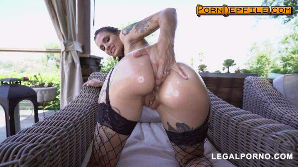 LegalPorno: Luna Lovely, Charlie Mac, Isiah Maxwell, Rico Strong, Rob Piper - You have to see this Luna Lovely with 4 HUGE cocks taking it like the awesome slut she is AA048 (Brunette, GangBang, Interracial, Anal) 1080p