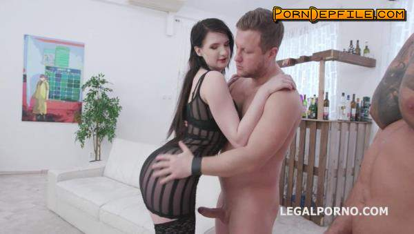 LegalPorno: Elizabeth Fox, Mr. Anderson, Angelo Godshack, Tomas, Larry Steel - Fucking Wet with Elizabeth Fox 4on1 Balls Deep Anal, DP, Pee Drink and Facial GIO1382 (Big Ass, GangBang, Anal, Pissing) 480p