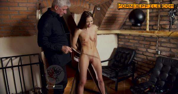 Graias: Lovenia Lux - A Strong Chick Struggle With Herself And With Part 2 (BDSM, Spanking, Torture, Humiliation) 2160p