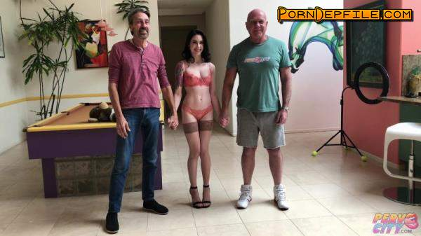 BangingBeauties, PervCity: Anna De Ville - BTS With Ball Popping (SD, Hardcore) 480p