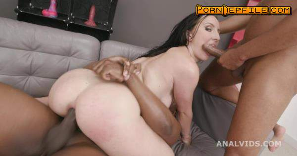 LegalPorno: Bella Angel, Tony Brooklyn, Oscar Batty - Black Pee, Bella Angel 2on1 Balls Deep Anal, DP, Gapes, Pee Drink and Creampie Swallow GIO1535 / GIO1536 (Creampie, Interracial, Anal, Pissing) 2160p