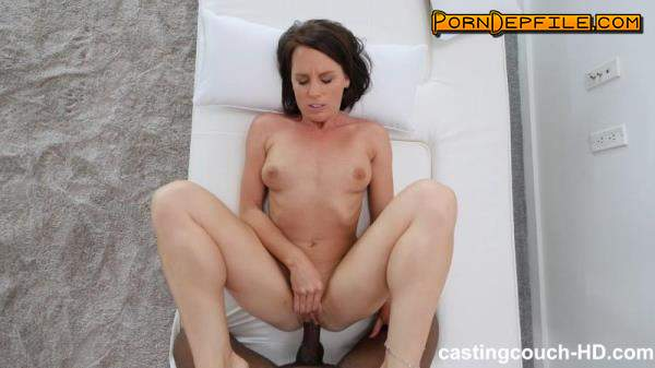 CastingCouch-HD: Riley - Hardcore (Blowjob, POV, Casting, Interracial) 672p