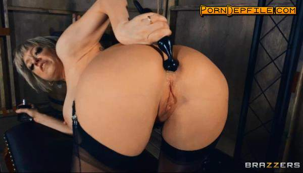 DayWithAPornstar, Brazzers: Dee Williams - Welcome To Dee's Dungeon (Dildo, Solo, Big Tits, Anal) 720p