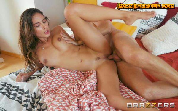 DayWithAPornstar, Brazzers: Baby Nicols - Baby Nicols Gets Fucked In Bed (Masturbation, Handjob, Facial, Fetish) 480p