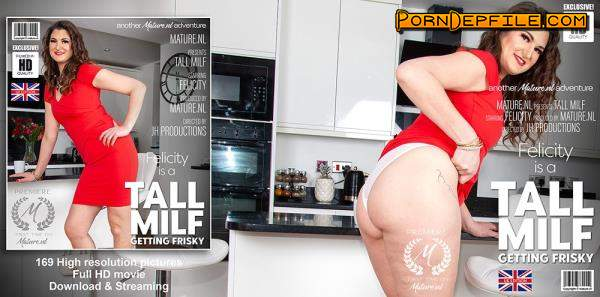 Mature.nl: Felicity (34) - Tall MILF Felicity is getting wet in her kitchen (Masturbation, Solo, Milf, Mature) 1080p